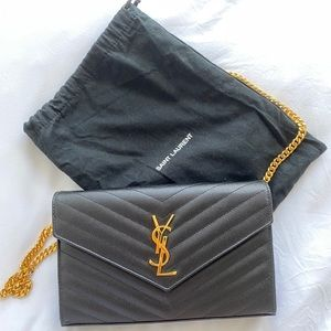 ✨ SOLD ✨ YSL Monogram Leather Chain Wallet Bag